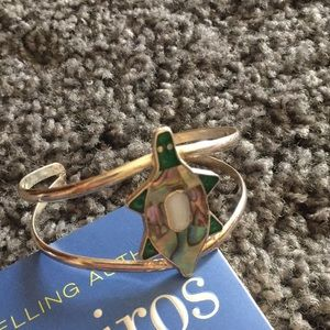 Jewelry - Silver and abalone turtle cuff